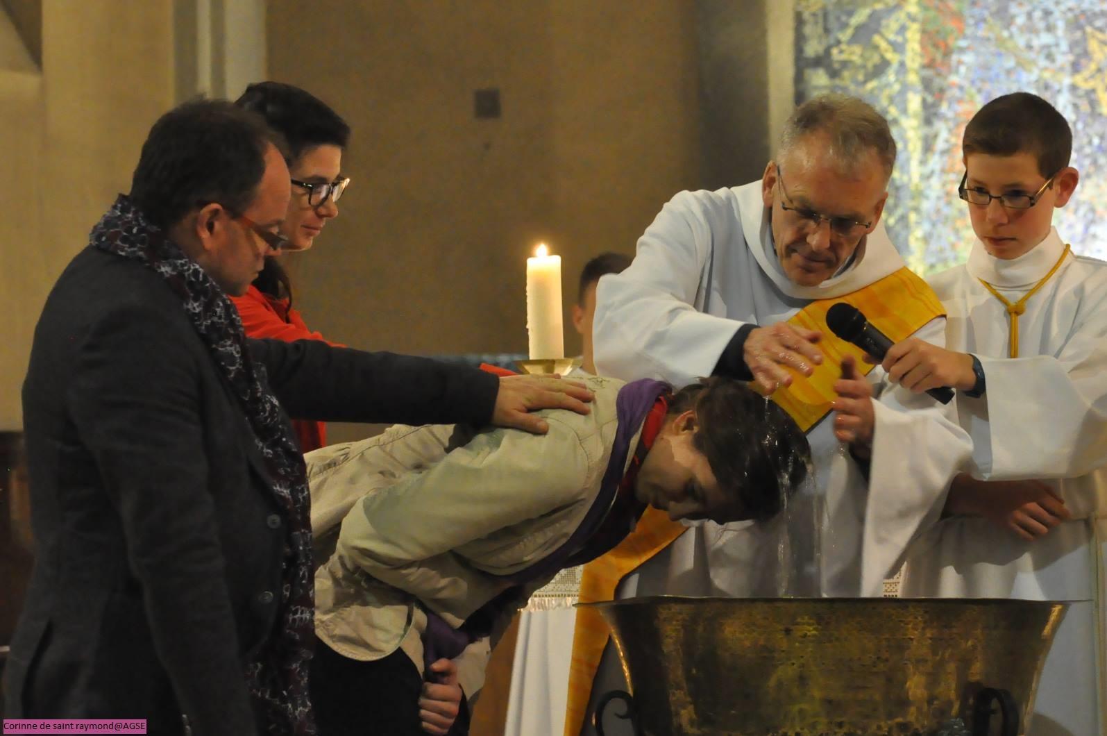 Baptême d'une cheftaine de louvettes à Nantes